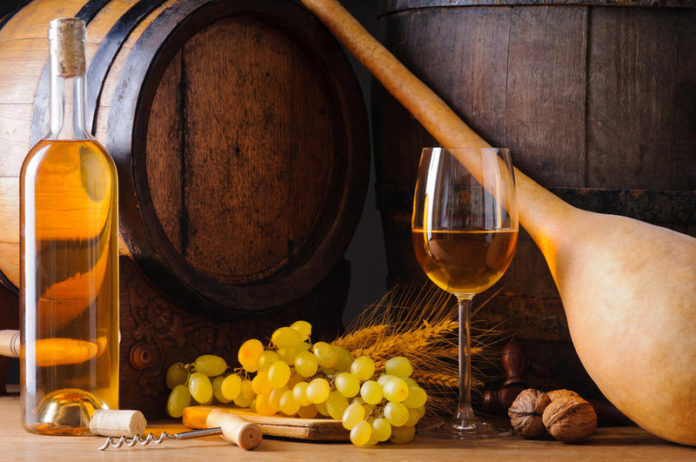 Делаем сухое вино из винограда
